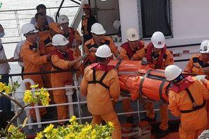 Cứu nhanh 1 thuyền viên người nước ngoài bị đột quỵ trên biển