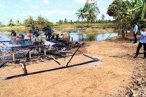 Hỏa hoạn thiêu rụi nhà khi cả gia đình đi tết mùng 3