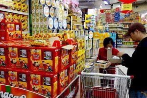 Hà Nội: Dịch vụ tiêu dùng, thu ngân sách đạt khá