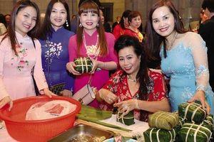 Tết Việt trong lòng những người con xa xứ
