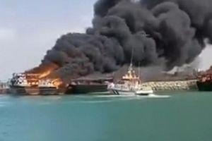 4 tàu Iran bị đốt cháy ngay trong cảng, diễn biến cực kỳ nguy hiểm?