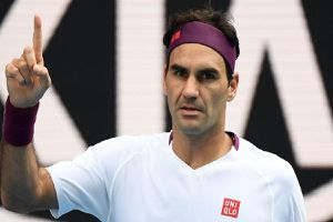 Federer vào bán kết Australian Open sau khi cứu 7 match-point