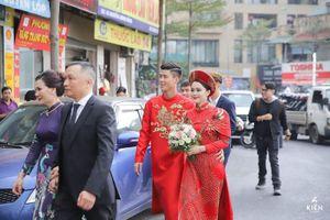 Bạn gái, vợ các cầu thủ Việt mặc áo dài cực xinh trong ngày trọng đại