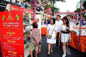 Lễ hội Đường sách Tết Canh Tý: Bán ra hơn 50.000 bản, thu hút hơn 800.000 lượt du khách