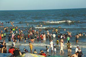 Hai du khách tử vong khi tắm biển ở khu dự án Furama Resort