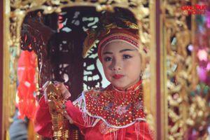 Khai mạc hội Gióng: Tướng bà 10 tuổi được bảo vệ nghiêm ngặt khỏi... bắt cóc