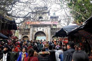 Hàng vạn người dự lễ khai hội chùa Hương xuân Canh Tý 2020