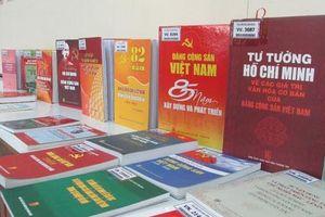 Tọa đàm Nguyễn Ái Quốc - Hồ Chí Minh và Đảng CSVN với sự nghiệp văn hóa-VHNT VN