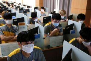 Vất vả khi làm ở nhà, dân công sở Trung Quốc nóng lòng trở lại công ty