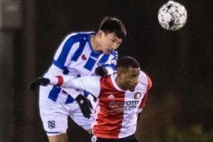 Heerenveen vs VVV: Văn Hậu dự bị