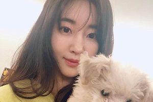 Dù 42 tuổi, 'Hoa hậu đẹp nhất Hàn Quốc' Kim Sarang vẫn trẻ như gái 20: Knet tố thẩm mỹ!