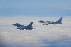 Đài Loan chặn máy bay ném bom của Trung Quốc