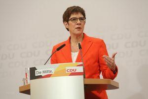 Đức: Chủ tịch CDU tại nhiệm đến khi có ứng cử viên thủ tướng mới