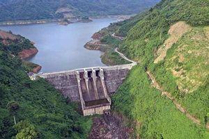Nhiều nhà máy thủy điện miền trung thiếu nước trầm trọng