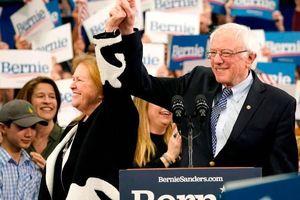 Bầu cử Tổng thống Mỹ 2020: Khởi đầu thuận lợi cho ông Sanders