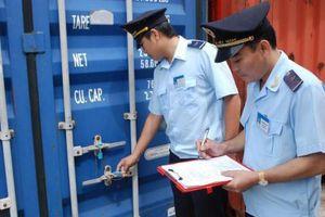 Hải quan yêu cầu siết chặt quản lý để ngăn chặn hành vi gian lận tráo, rút thùng hàng