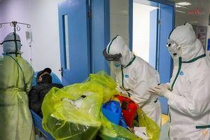 Trung Quốc chính thức công bố số nhân viên y tế bị nhiễm COVID-19