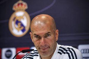 Barca hỗn loạn, còn Real hồi sinh từ tro tàn với Zidane