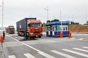 Quảng Ninh: Nối lại hoạt động XNK tại cầu Bắc Luân 2