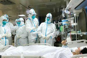 Hơn 1.700 nhân viên y tế nhiễm virus corona, Trung Quốc đối mặt khủng hoảng mới