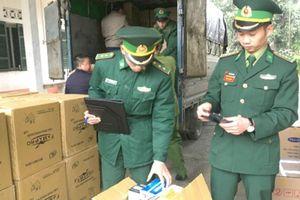 Ngăn chặn vận chuyển trái phép khẩu trang y tế sang Trung Quốc