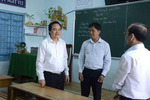 Học sinh nghỉ học hết tháng 2, lùi thời điểm kết thúc năm học do COVID-19