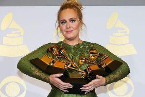 Adele hẹn tái ngộ khán giả vào cuối tháng 9