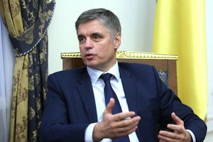 Ngoại trưởng Ukraine: Nếu muốn giữ độc lập, Belarus phải đối mặt với cuộc chiến với Nga