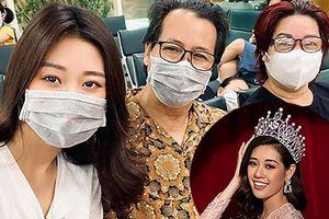 Huy Khánh mặc đồ ngủ của vợ chụp ảnh gửi Ngọc Lan