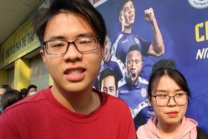 CĐV ngạc nhiên khi không được vào sân xem CLB Hà Nội đấu Viettel