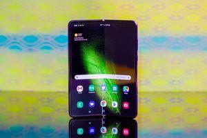 Lộ loạt thông tin mới về Samsung Galaxy Fold 2: Hấp dẫn hơn nhiều thiết bị đời đầu