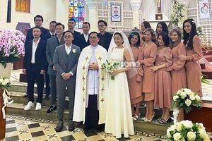 Sao Việt dự đám cưới Tóc Tiên - Hoàng Touliver