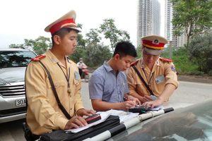 Vi phạm giao thông nộp phạt online: Tham nhũng vặt...hết cửa sống?