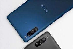Ì ạch mãi, cuối cùng Sony cũng ra mắt smartphone đầu tiên có màn hình giọt nước