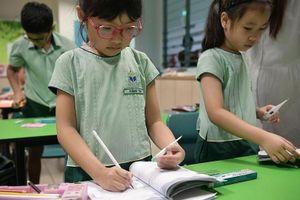 Học sinh Nhật Bản, Singapore vẫn đến trường giữa dịch Covid-19