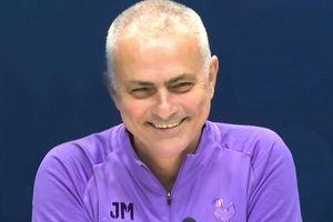 HLV Mourinho cười khi nói về chấn thương của Son Heung-min