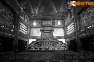 Giải mã mật ngữ tâm linh bí ẩn ở nhà hát của vua Nguyễn