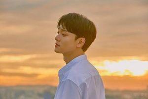 Sau scandal cưới 'chạy bầu', Chen (EXO) tiếp tục gây sốc khi quyết định không rời nhóm