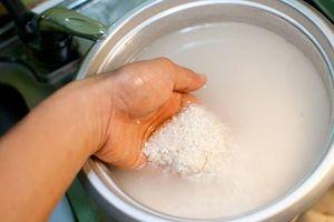 'Bỏ túi' bí quyết làm sạch thực phẩm bằng nước vo gạo