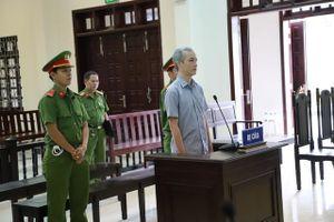 Nhận 2.500 USD, phó Viện trưởng Viện KSND lãnh 5 năm tù