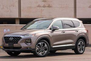 Phân khúc SUV 7 chỗ tháng 1/2020: Hyundai Santa Fe bất ngờ vượt mặt Toyota Fortuner