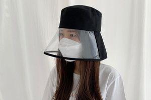 Dân Hàn Quốc thi nhau mua mũ che mặt để phòng virus corona