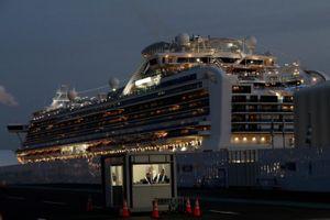 Nhật thừa nhận để khách trên tàu Diamond Princess rời đi khi chưa xét nghiệm nCoV