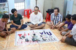Tây Ninh: Bắt nhóm người chuyên tổ chức đánh bạc tại đám tang
