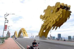 9X liệt hai chân đi khắp Việt Nam bằng xe 3 bánh