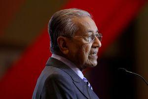 Malaysia giải tán chính phủ liên minh, thành lập chính phủ mới