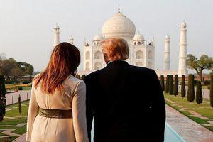 Thăm đền Taj Mahal nổi tiếng Ấn Độ, vợ chồng Tổng thống Trump có hành động gây sốt