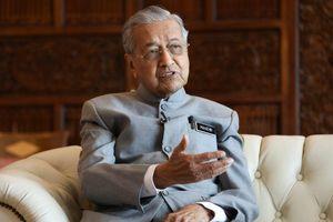 BÌNH LUẬN. Thay đổi chính trị tại Malaysia: Mưa to lo hóa lũ