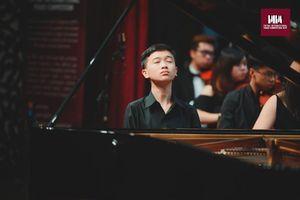Chuyện về tài năng piano 14 tuổi