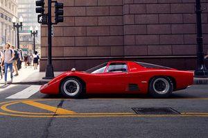 Siêu xe hàng hiếm McLaren M6GT bất ngờ xuất hiện trên đường phố